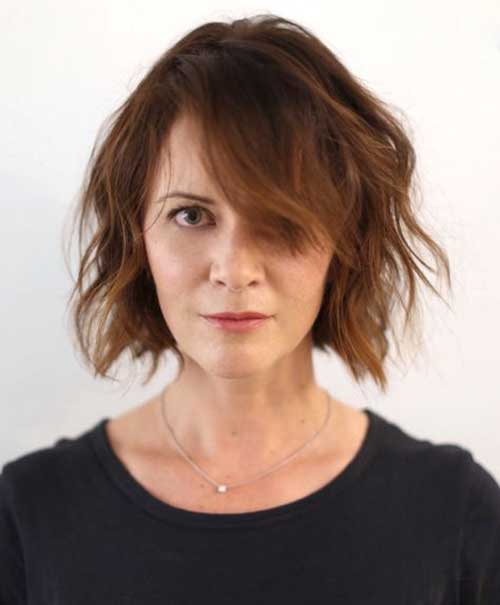 Short Bob Haircuts for Round Faces