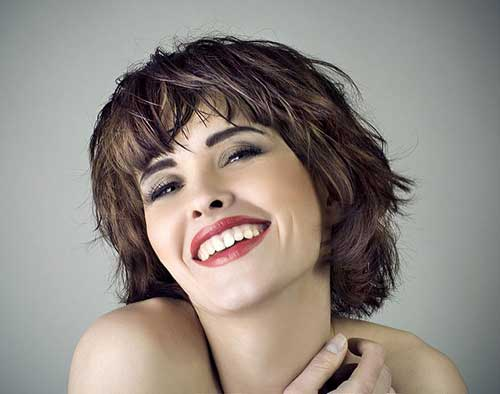 Short Haircuts with Bangs-12