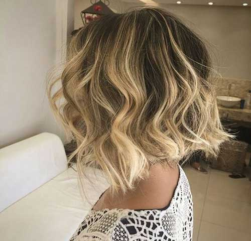 Short Wavy Hairstyles-13