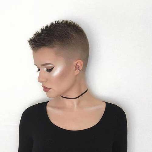 25 Super Short Haircuts For Captivating Ladies Crazyforus