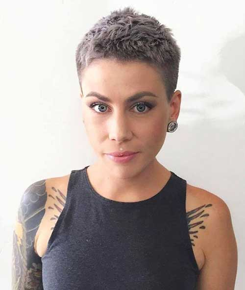 Short Haircuts for Women-16