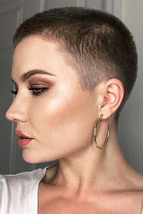 Super Short Haircuts-23