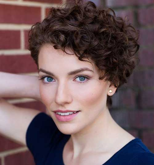 Easy Hairstyles For Naturally Curly Short Hair