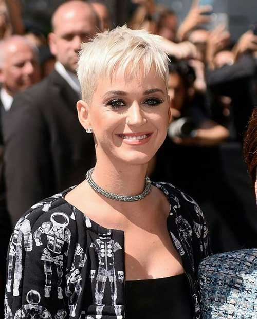 Short Blonde Hair 2018-15