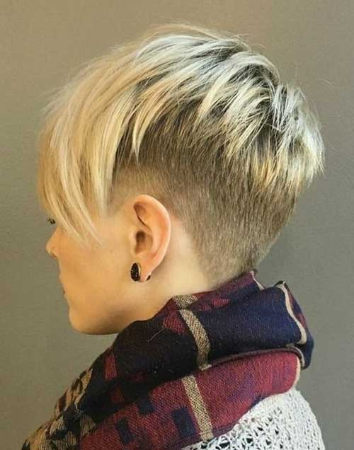 15.Short Layered Haircut