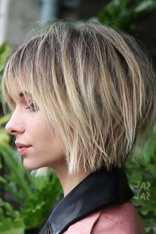 Short Layered Haircuts-7