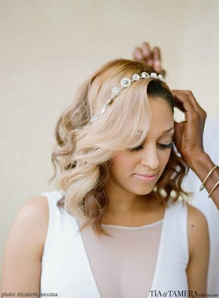 25 Bridal Hairstyles For Short Hair