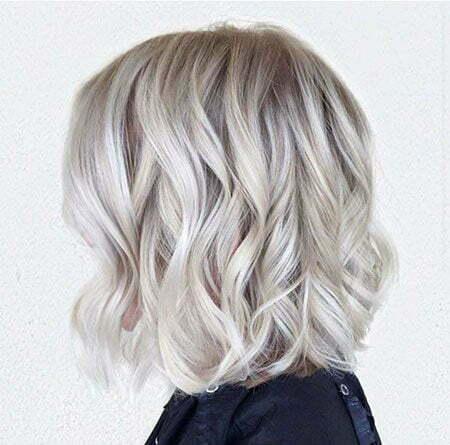 Blonde Short Hair Wavy