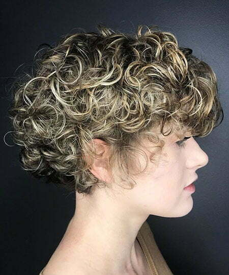 23 Short Curly Blonde Hair