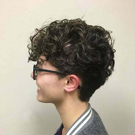 Cute Hair for Women, Curly Short Wavy Hairtyles