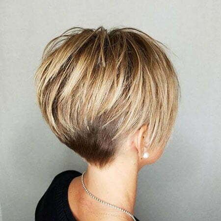 Short Layered Blonde Thick