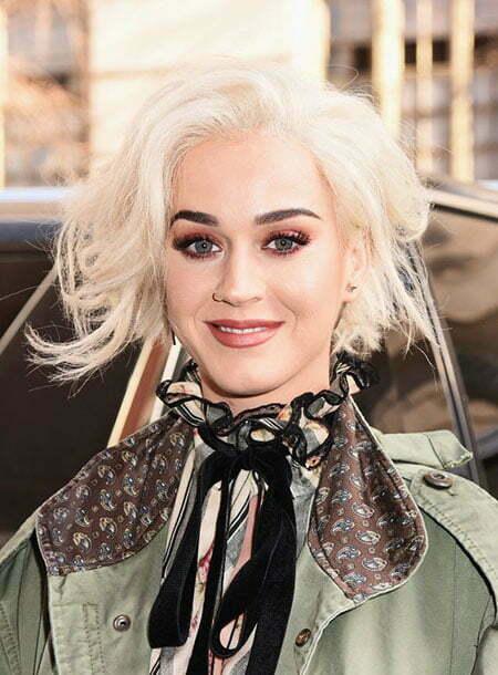 Blonde Platinum Hair Perry