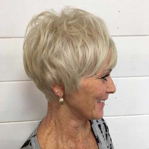 Pixie Haircuts Older Women-10