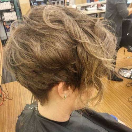 Short Haircuts for Women-11