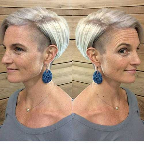 Pixie Haircuts Older Women-13