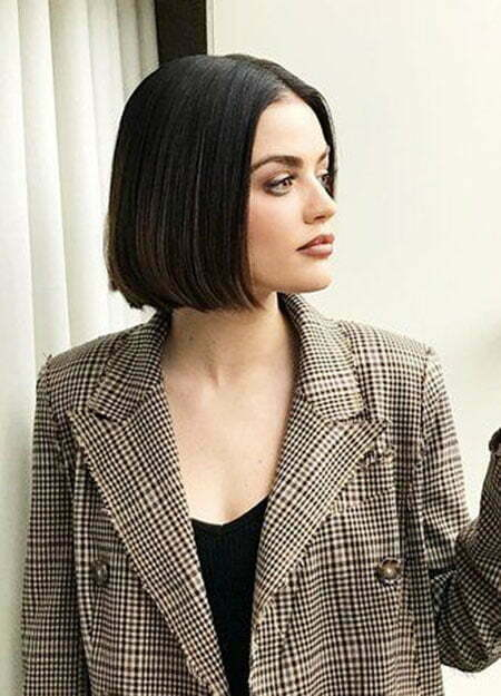 Bob Hair Layered Brunette