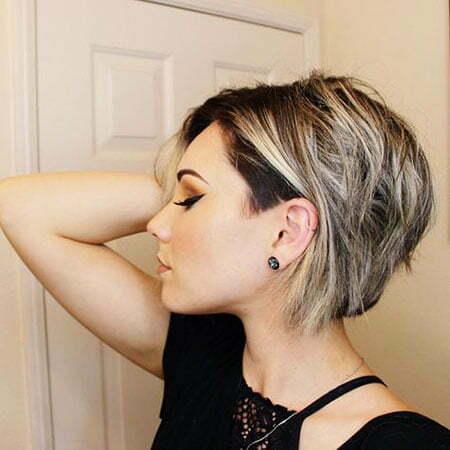 Blonde Haare Schulterlang