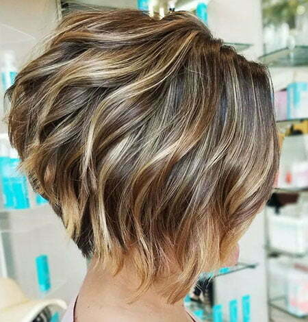 Soft Wavy Inverted Bob, Bob Layered Inverted Short