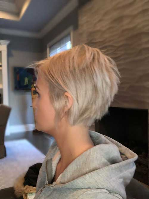 Stacked Short Haircuts-6