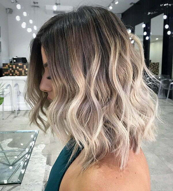 Short Wavy Hairstyles 2019