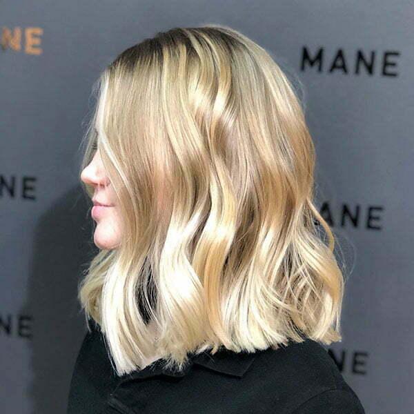 Modern Short Haircuts For Wavy Hair
