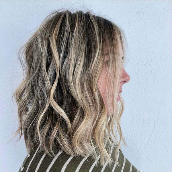 Short Blonde Balayage Wavy Hair