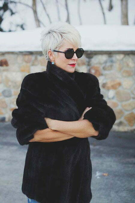 Trendy Pixie Hair for Over 50