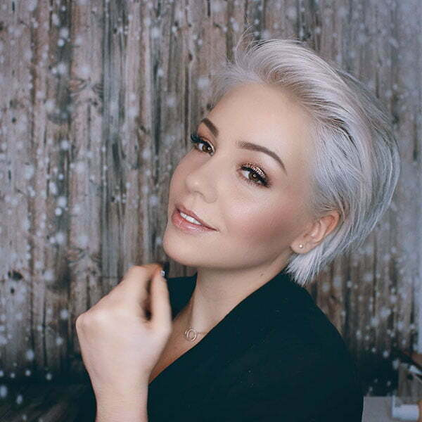45 Latest Short Hairstyles For Women 2019