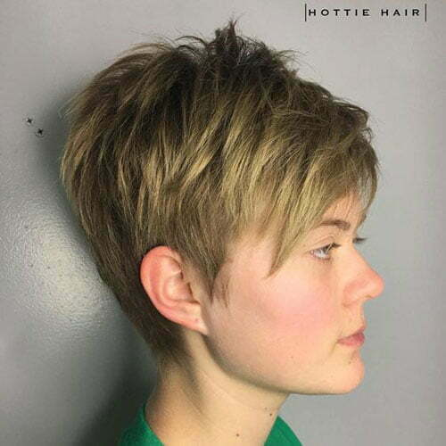 Short Layered Hair-12