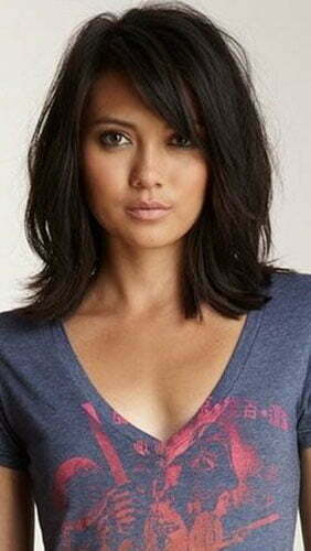 Short Hairstyles With Side Bangs