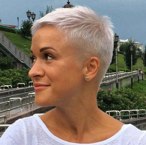 Short Pixie Haircuts-23