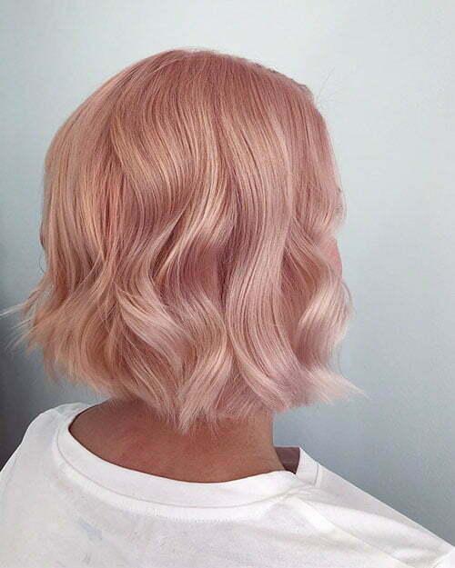 Schönes kurzes Haar
