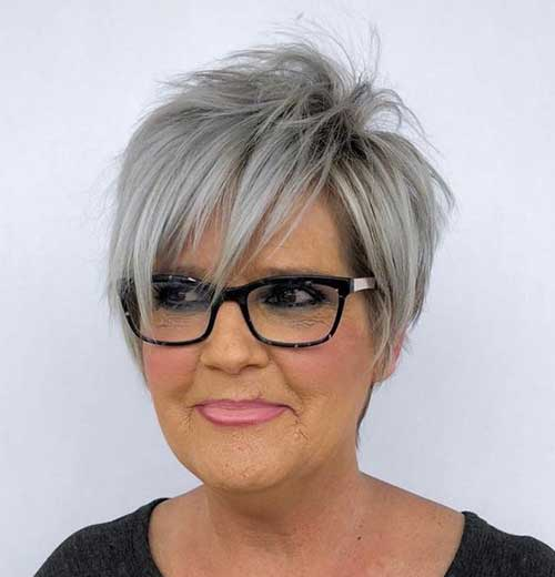 Short Haircuts for Fine Hair Over 50