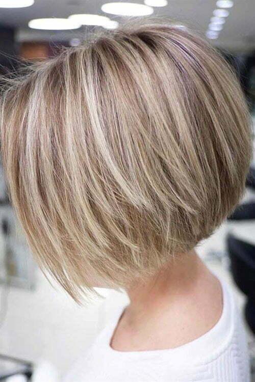 Kurze Blonde Bob Frisuren-11