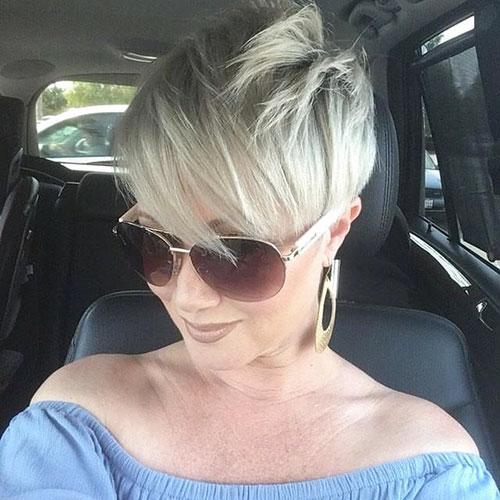 Lange Pixie-Haarschnitte für Frauen