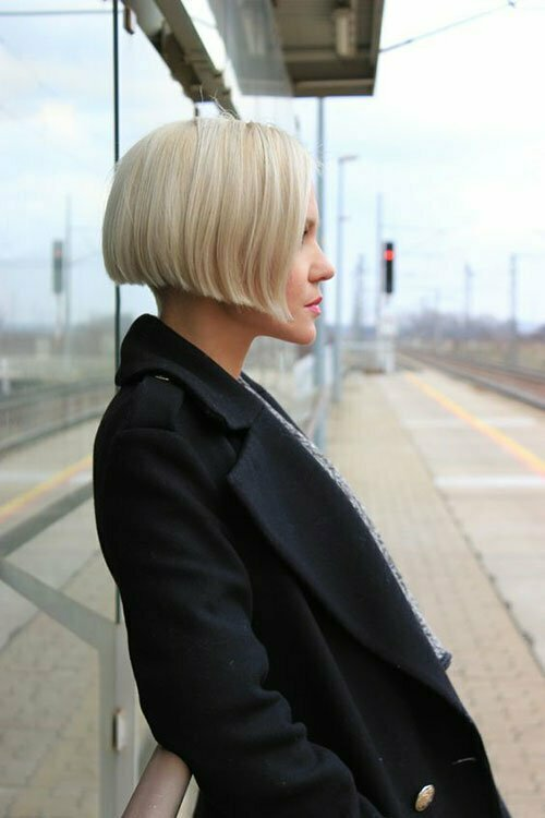 Short Blonde Bob Hairstyles-12