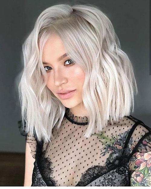 Blonder Bob-Haarschnitt