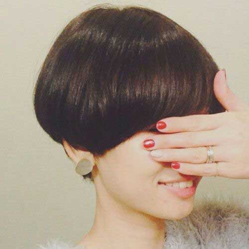 Short Wedge Haircuts-14