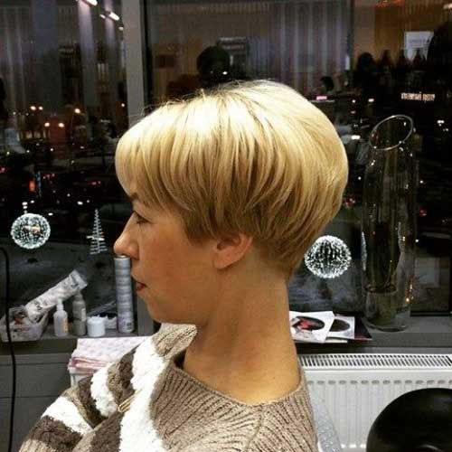 Short Wedge Haircuts-16