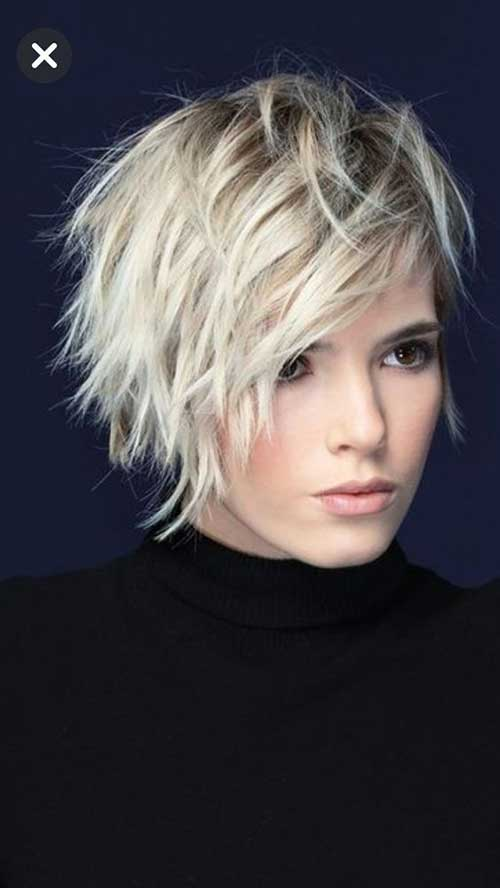 Layered Short Hair for Round Face-17