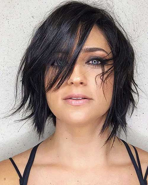 Layered Short Hair for Round Face-20