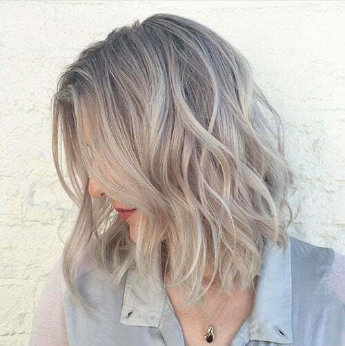 Ashy Blonde Short Hair