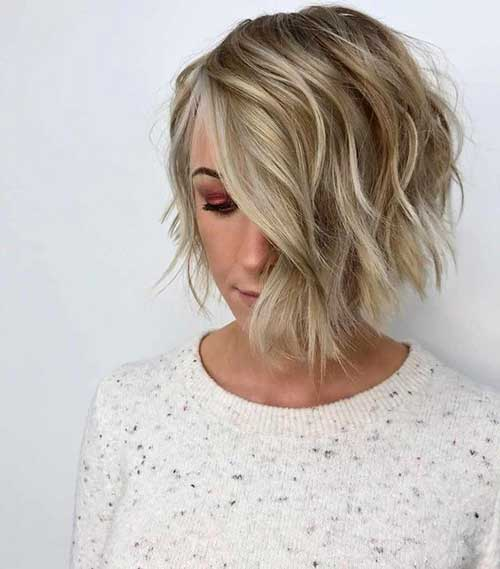 Asymmetrical Short Wavy Hair