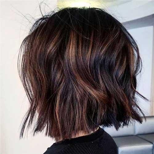 Messy Short Wavy Hair