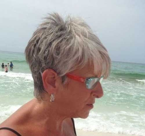 Short Summer Hairstyles for Older Women