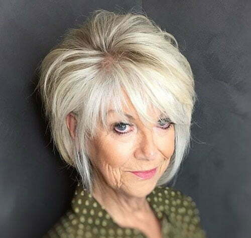 Modern Short Haircuts for Older Women-11