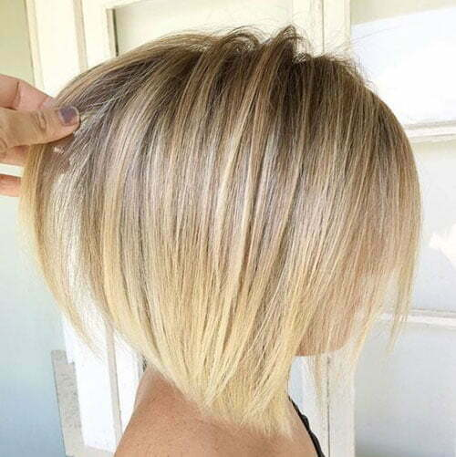 Short Straight Blonde Fine Haircuts-11