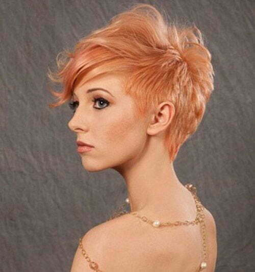 Short Sassy Strawberry Blonde Haircuts-13