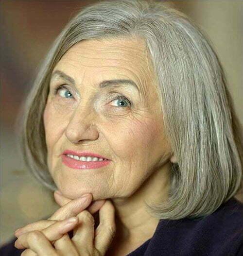 Kurze feine Frisuren für ältere Frauen-16