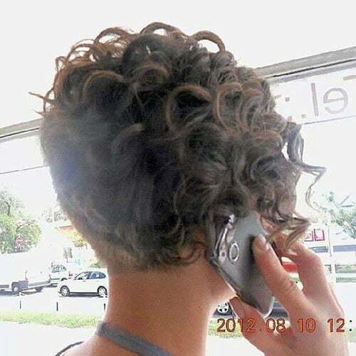 Kurze lockige Frisuren zurück View-20